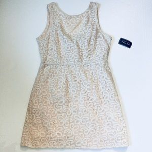 Forever 21 off-white lace dress large